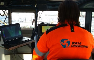 Picture of Operator using the Dredge Master Multibeam System